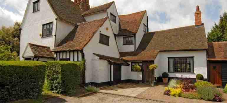Listed Buildings in Essex and surrounding areas